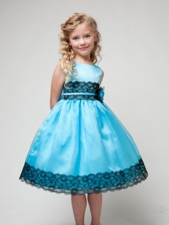 Choosing flower girl dresses can be fun and with so many styles available, brides to be have an easier time making a selection. With so many bridal outlets, one may not only get just about any dress design but also in any color and size.