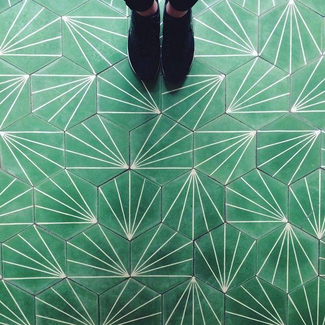 Best 25 Green Carpet Ideas On Pinterest Green Rugs