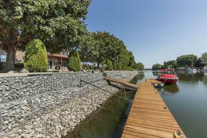 8 Rue Andre Gagnon, Île-aux-Noix, QC J0J1G0, Canada - House - For Sale - Snap Up Real Estate