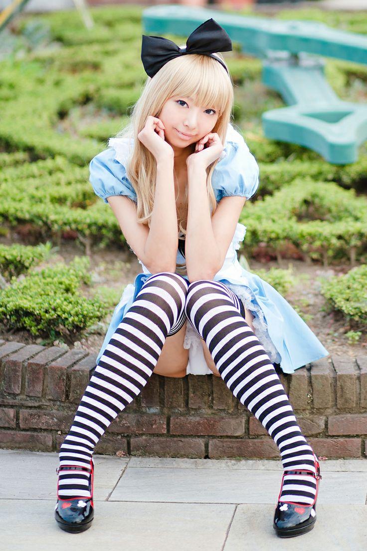 Alice in wonderland background story-4262