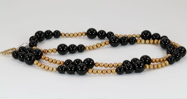 New Jewelry Styles Just in Time for the Holidays! - http://lysetremblayjewelry.ca/handcrafted-jewelry-in-time-for-the-holidays