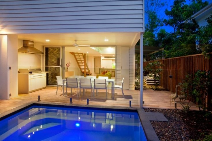 Contemproary Sunshine Beach Home Interior Design: Small Swimming Pool In Back Yard
