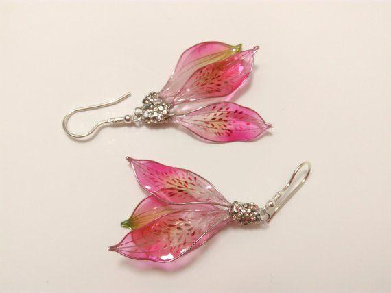 Alstroemeria Earrings Silver Resin Jewelry Pink Or Purple Etsy In 2020 Resin Jewelry Resin Jewelry Making Resin Flowers