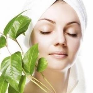Soluciones caseras y naturales para eliminar las manchas de la piel