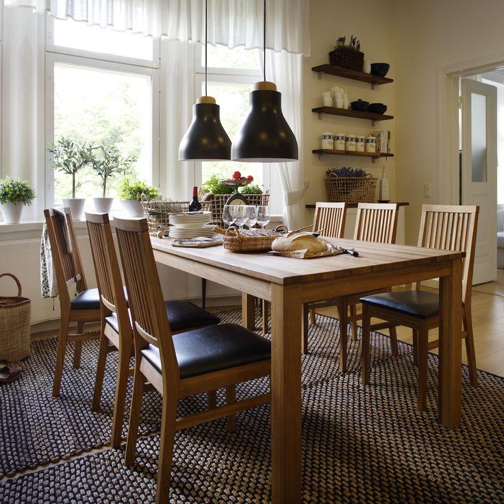 Onko vappubrunssi jo katettu?  Malli: Olivia ruokapöytä ja Anton ruokatuoli Vaihtoehdot: useita eri pöytäkokoja ja väri- sekä verhoiluvaihtoehtoja Jälleenmyyjä: Isku-myymälät  #pohjanmaan #pohjanmaankaluste #käsintehty