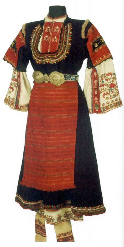 Traditional festive dress from Samokov (western Bulgaria).  Clothing style: rural, early 20th century.