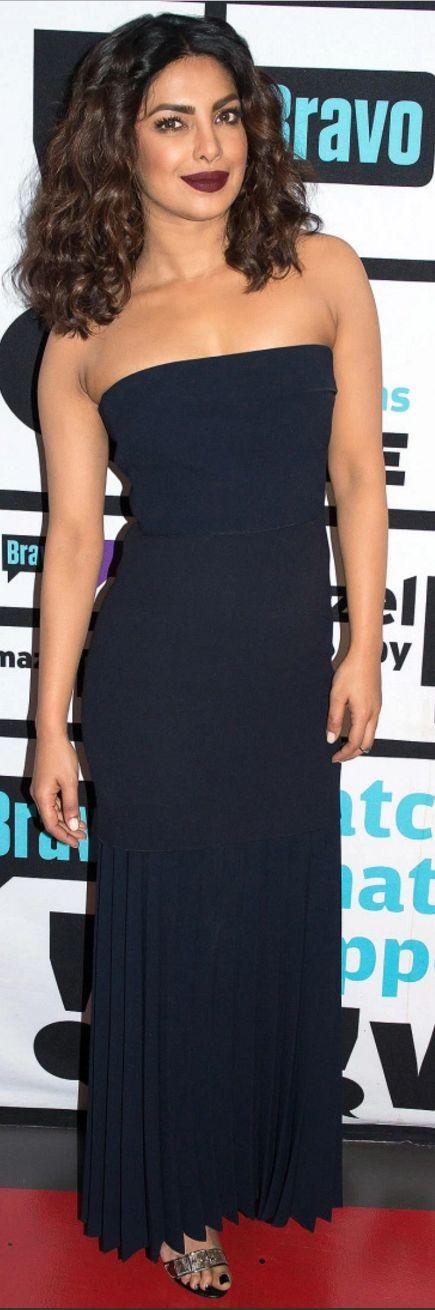 Who made  Priyanka Chopra's black strapless dress?