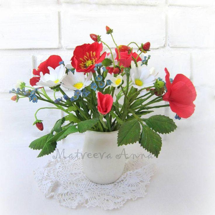 Летний букет ждет дополнения новыми цветочками. Фом иранский. Тонировка акрил и пастель. #фоамиран#фомфлористика#цветыизфоамирана#цветыручнойработы#фомбукет#летнийбукет#полевыецветы#foamiran#foamiranflowers#декор#интерьер