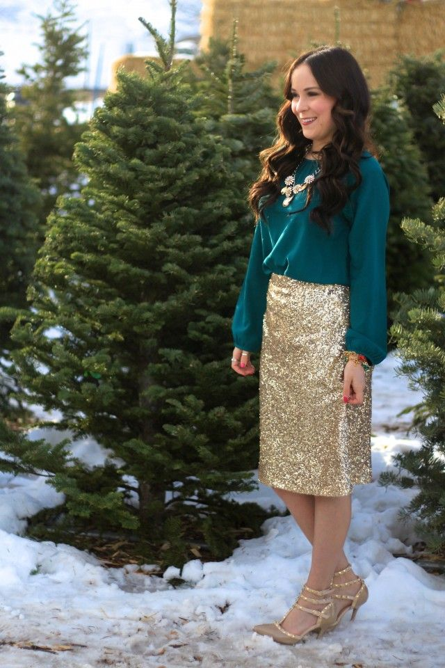 Christmas Outfit || Modest Style Blog || Sassy in Sequins: Gold Sequin Skirt