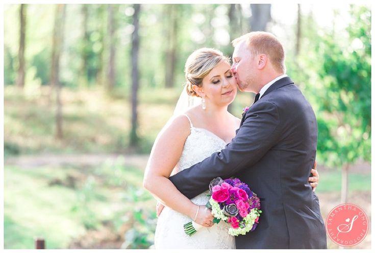 Bride + Groom | Legends on the Niagara Summer Wedding Photos: Lindsay +  Dave | © 2015 Samantha Ong Photography samanthaongphoto.com | #samanthaongphoto #niagaraweddings #niagara #weddings #weddingphotography #legendsontheniagara #niagaraparkweddings