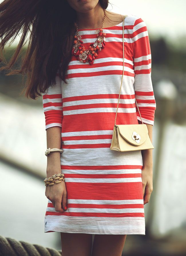red stripes & baubles