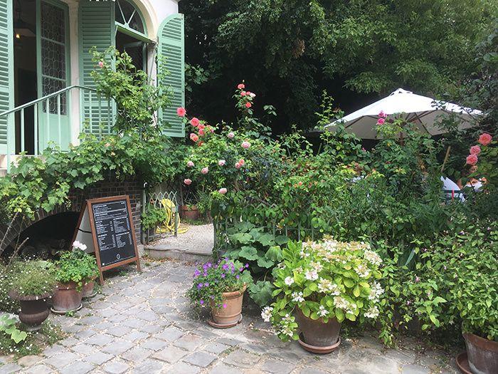 Les terrasses preferees de la redaction a Paris  Un thé dans le jardin (Louise…