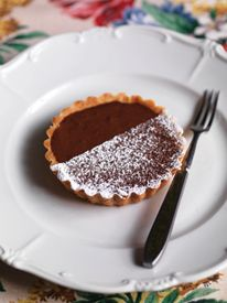 Gregg Wallace's chocolate mousse tartlets - hellomagazine.com