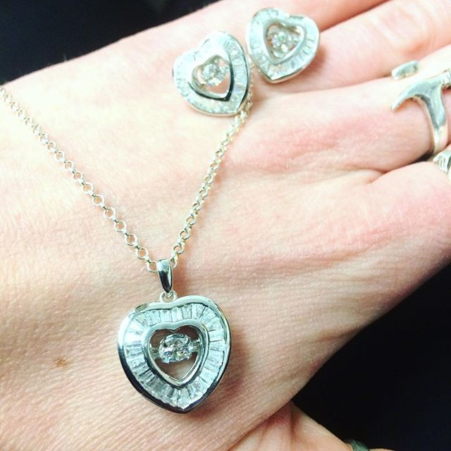 Have you entered to win yet!? Contest closes on Valentines Day! Enter on our Facebook page! Good luck to all!  Stunning sterling silver pendant & earring set... retail value $250 #HamOnt