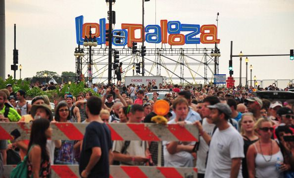 Get the 2017 #Lollapalooza lineup HERE!: 2017 lollapalooza lineup, 4 day passes sold out, alt-J, Arcade Fire, Big Sean, Blink 182, cage the elephant, chance the rapper, Charlie XCX, chicago's grant park, day by day lineup, DJ Snake, Em, Foster the People, get the list of performers, justice, kashered, Lorde, muse, pop music, rap music, rock music, sexy, single day tickets on sale, The Killers, The xx, Tove Lo, Wiz Kalifah, wiz qualify