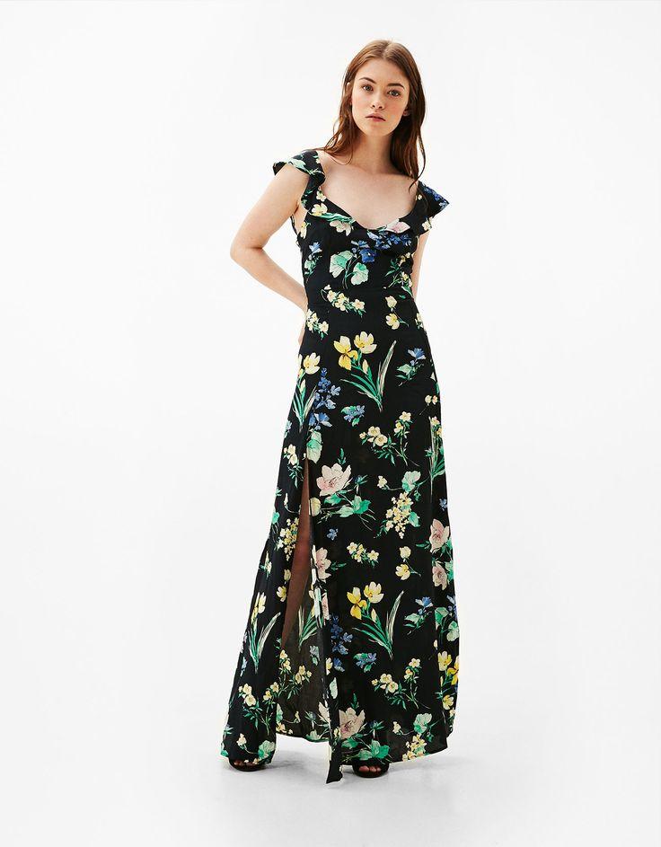 Vestido largo flores abertura espalda. Descubre ésta y muchas otras prendas en Bershka con nuevos productos cada semana