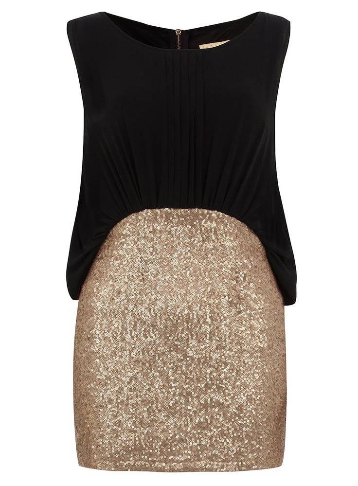 !Flowy Tops, Gold Black Sequins, Fashion Ideas, Sparkley Skirts, Holiday Outfit, Vegas Outfit, Sparkly Skirt, New Years, Black Flowy