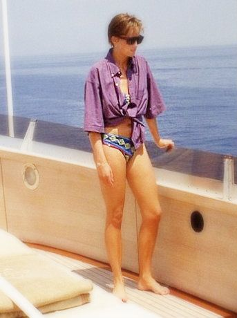 Valentino's partner, Giancarlo Giammetti, has posted a rare candid photo of the late Princess Diana, which shows her soaking up the summer sun aboard their private yacht, taken in 1990. credit: Giancarlo Giammetti,
