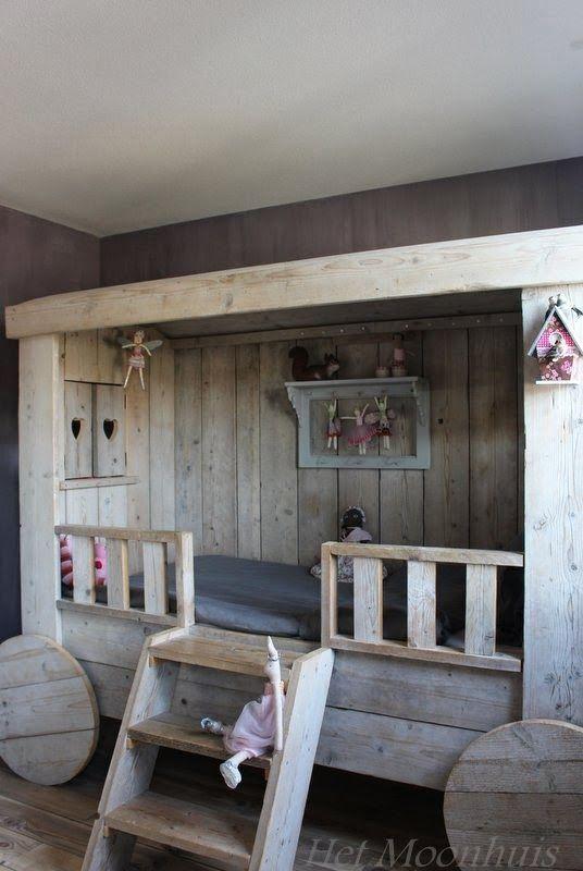 als wij hier de ruimte voor hebben........ dan krijgt ons kind zo'n bed later ;)