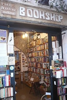 English second hand bookstore