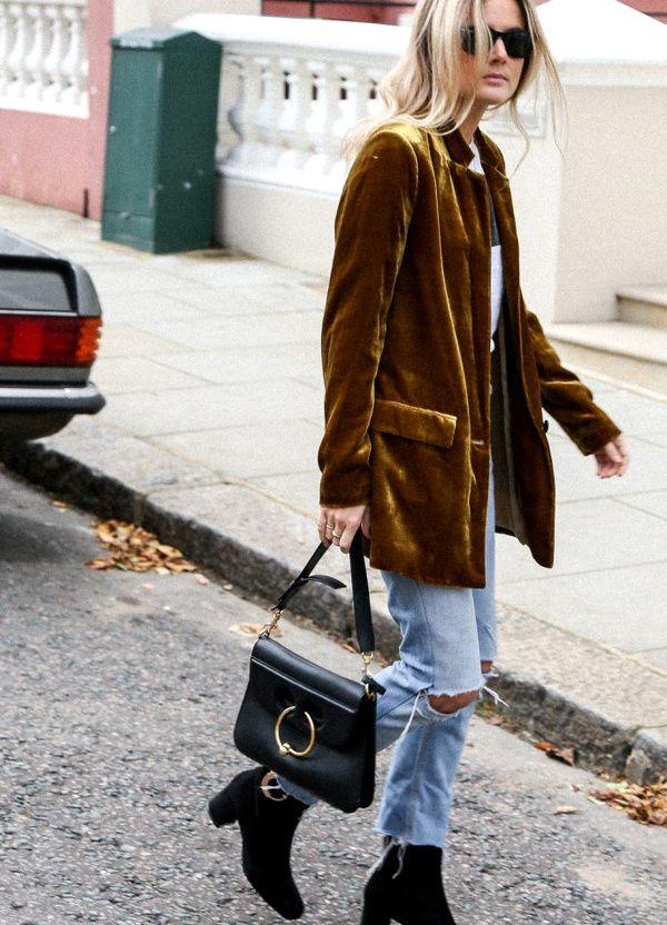 Envie de velours ocre ! (blazer Mango - photo Fashion Me Now)
