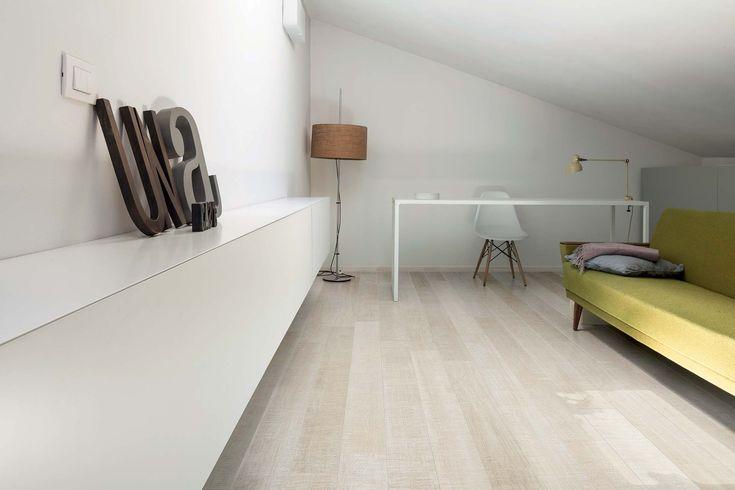"Casa Dolce Casa- Collezione "" Wooden tile of cdc"""
