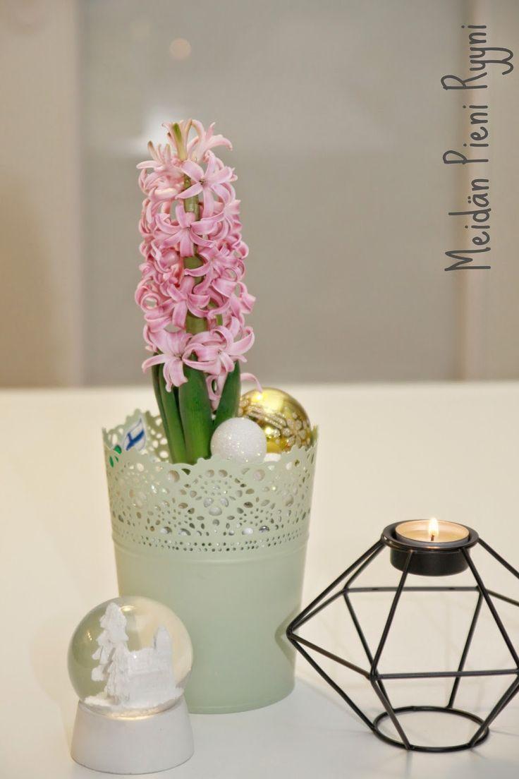 Meidän Pieni Ryyni: Kauniisti kotimainen- kukkalahjoja ystäville