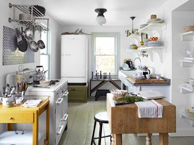 vintage inspired farmhouse kitchen