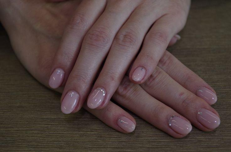 Ricostruzione unghie gel, colore rosa effetto naturale  #antoniohair&beauty