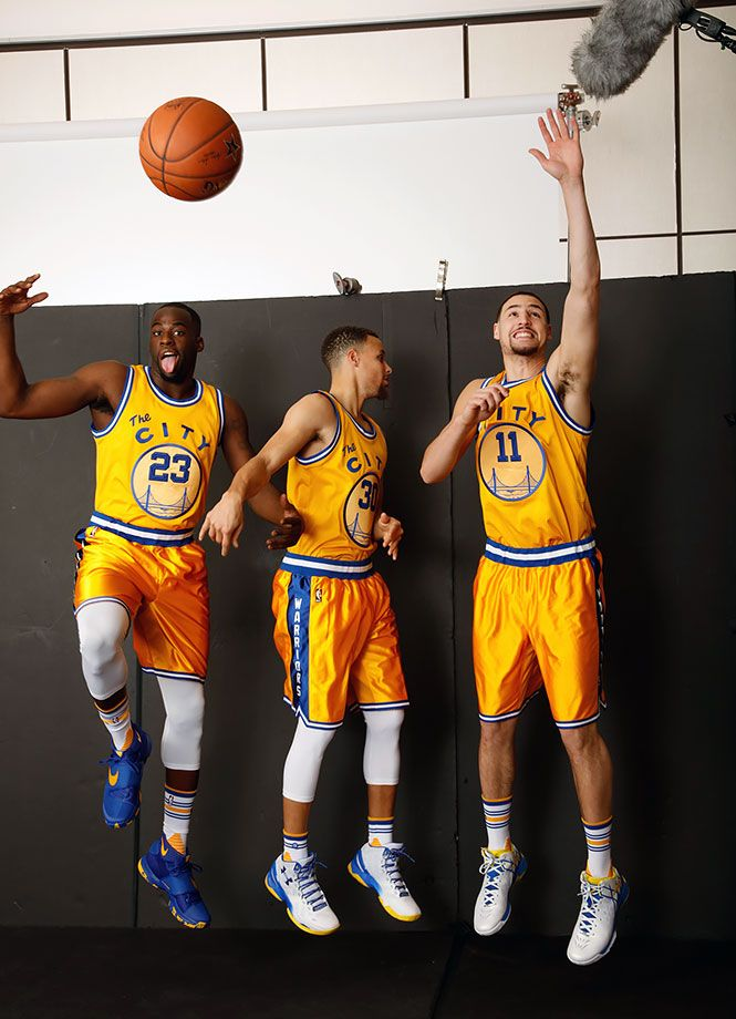 Golden State Warriors Draymond Green, Steph Curry and Klay Thompson goof around during a photo shoot for the March 7, 2016 cover of Sports Illustrated. (Walter Iooss Jr. for SI)GALLERY:Golden State Warriors SI cover shoot outtakes
