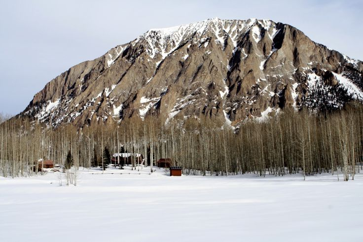 in the fuckin' snow: Mountain Cabins, Cabins Life, Favorite Places, Cabins Porn, Cabins Beneath, Cabins Fever, Logs Cabins, Cabins Cabins, Mountain House
