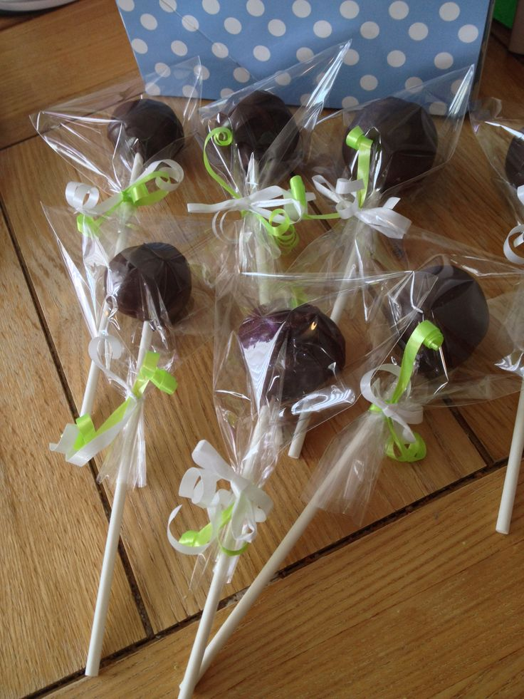Macmillan coffee morning Cake pops Individually wrapped