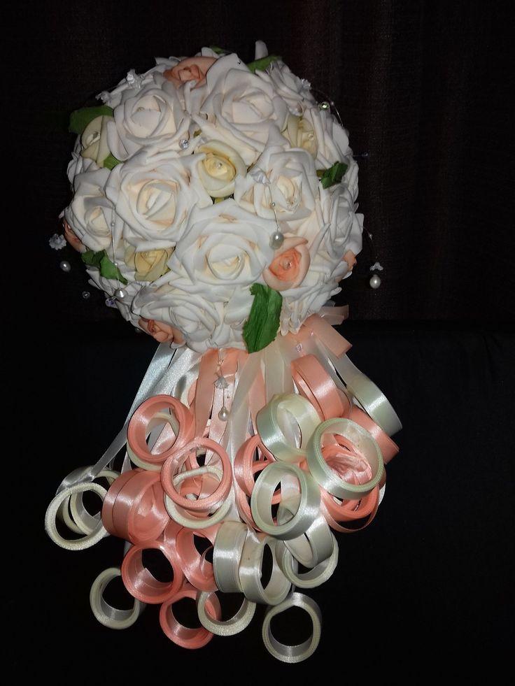 Ramo de novia con cintas