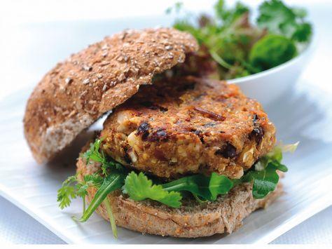 Hamburger yemek istiyorsunuz ancak yüksek kalorili olduğu için çekiniyormusunuz?  İşte size Düşük kalorili hamburger yemenin ipuçları:  •Öncelikle hamburgerinizi patatesle yeme alışkanlığından vazgeçin! Evet evet koladan da vazgeçin :)  •Izgara etleri tercih edin  •Sos eklemeyin! bu hamburgerin kalorisini fazlasıyla arttıracaktır.  •Beyaz