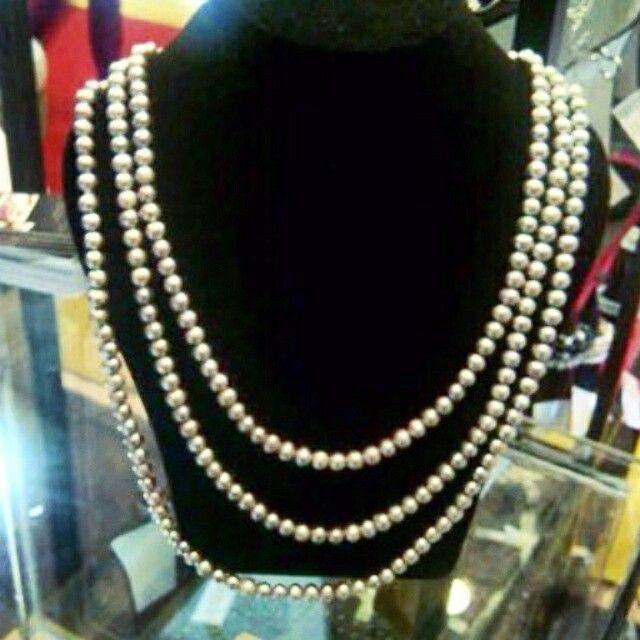 Shell necklace. We are selling the best Southsea, akoya, tahitian, and Freshwater pearls with certificate of authenticity and affordable price. Pearlsolstore.com/r/almyruzni