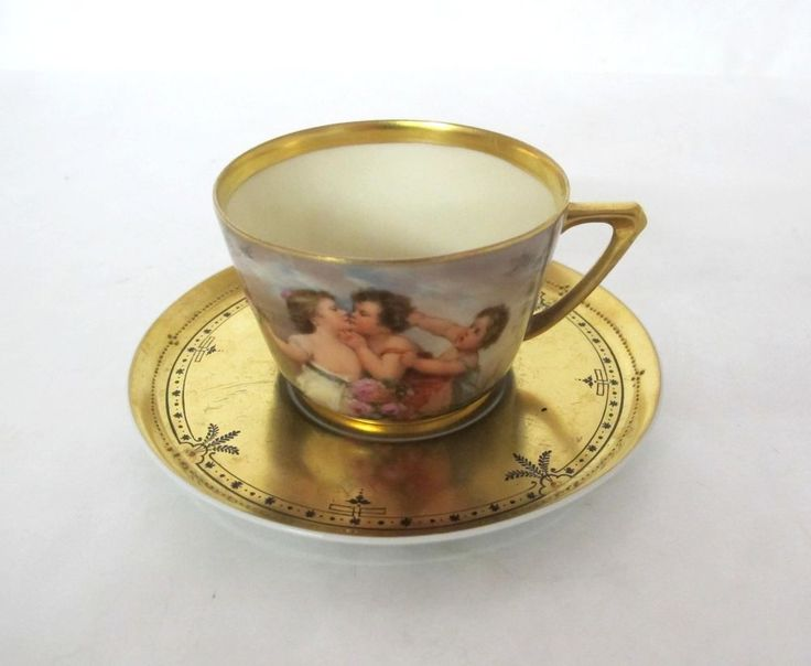 WONDERFUL c. 1900 HAND PAINTED DRESDEN CUP & SAUCER WITH GOLD DETAIL