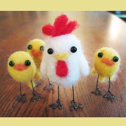 i love love LOVE these lil dudes. i have the stuff i could make them too... <3