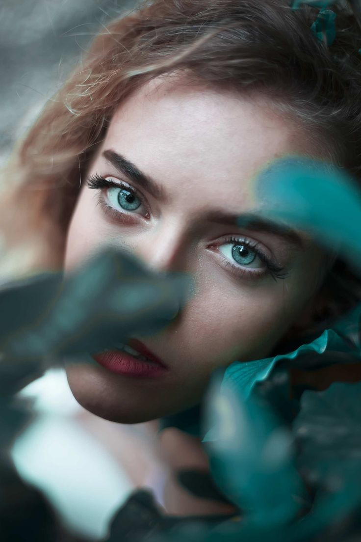 Greta Larosa is a talented 20-year-old self-taught photographer and artist from Genoa, who currently based in Milan, Italy. Greta focuses on fine art and conceptual portraiture.