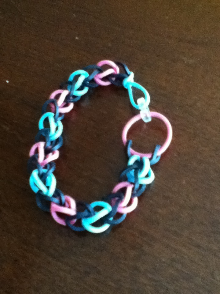 how to make cool rubber band bracelets with a loom