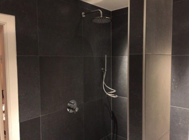 17 best images about portfolio keukens badkamers van ennovy on pinterest ceramics radios - De italiaanse kranen badkamer ...