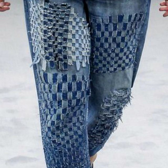 detail #handwoven jeans from @viktor_and_rolf Fall 2016 Couture Collection.  We are loving #upcycling scraps/leftovers fabrics from their past collection! #zerowaste #slowfashionmovement #hautecouture #zerowastefabrics #weaving #zerowastefashion #tabbyweave