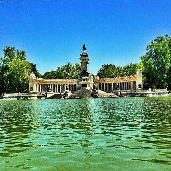 Parque Retiro, Madrid. Repineado por @TuPlanC