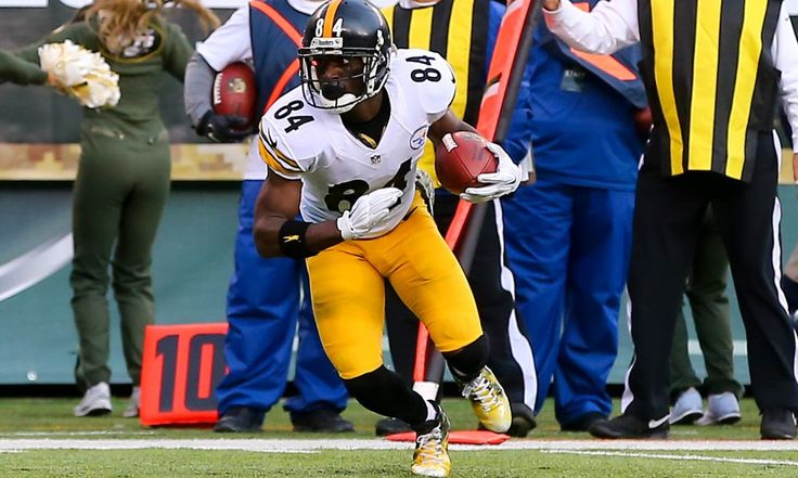 Fantasy Football: Start sit consideration for Antonio Brown - Heading into this season, Antonio Brown was a no-brainer first round pick for fantasy owners. With remarkable consistency (NFL record 35 straight games with five or more receptions for at least 50 yards), Brown's a rare example of a true fixture.....