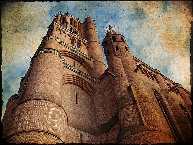 La cathédrale Sainte-Cécile, Albi, France, by Nilton Ramos Quoirin, via Flickr