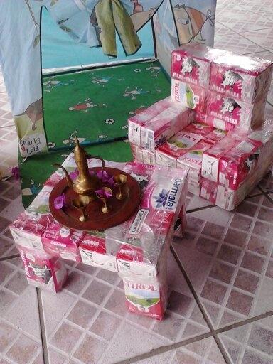 Tetra Pak: Móveis de caixa de leite.
