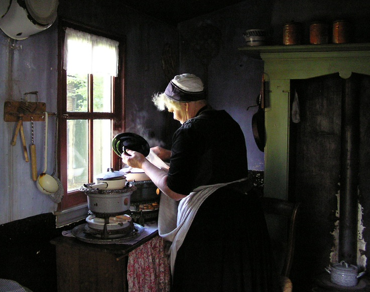 Experience historical Dutch life at the outdoors 'Zuiderzeemuseum' in Enkhuizen (photography by Mirjam Hartog). #greetingsfromnl