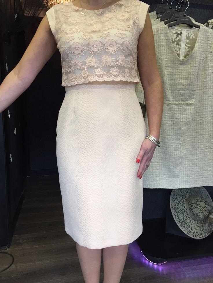 Fee g lace dress