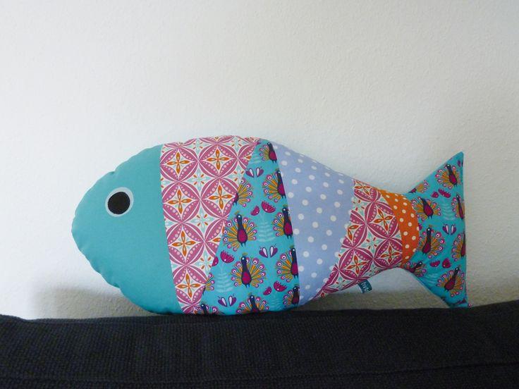 Kissen Fisch 'Sofafisch' türkis/pink von binedoro auf DaWanda.com