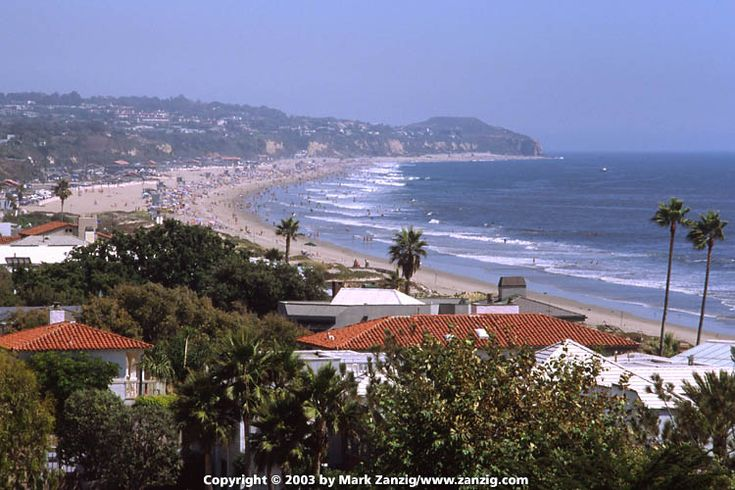 malibu beach california | Malibu Beach. On summer days, it is even more packed than this picture ...