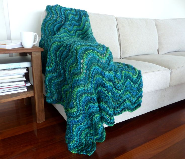 Blue Chunky knit Blanket Green Knit throw blanket Hand knitted blanket Thick Green blanket Wedding gift by SallyAnnaBoutique on Etsy